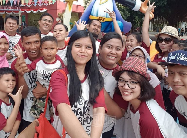 Baju-Untuk-Family-Gathering-di-Jakarta